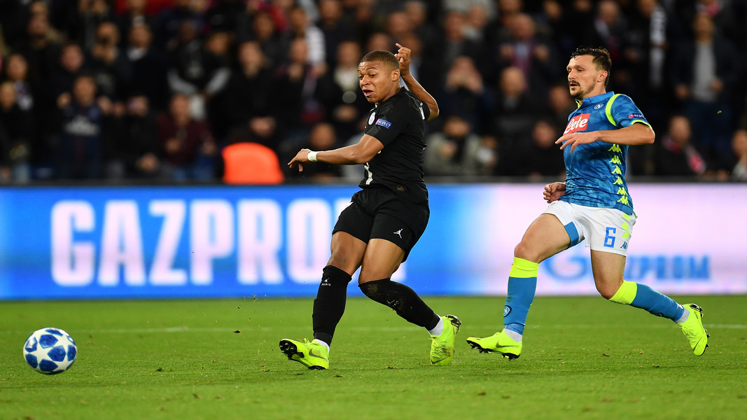 Coronavirus, Premier League e Ligue 1 sospese: è ufficiale